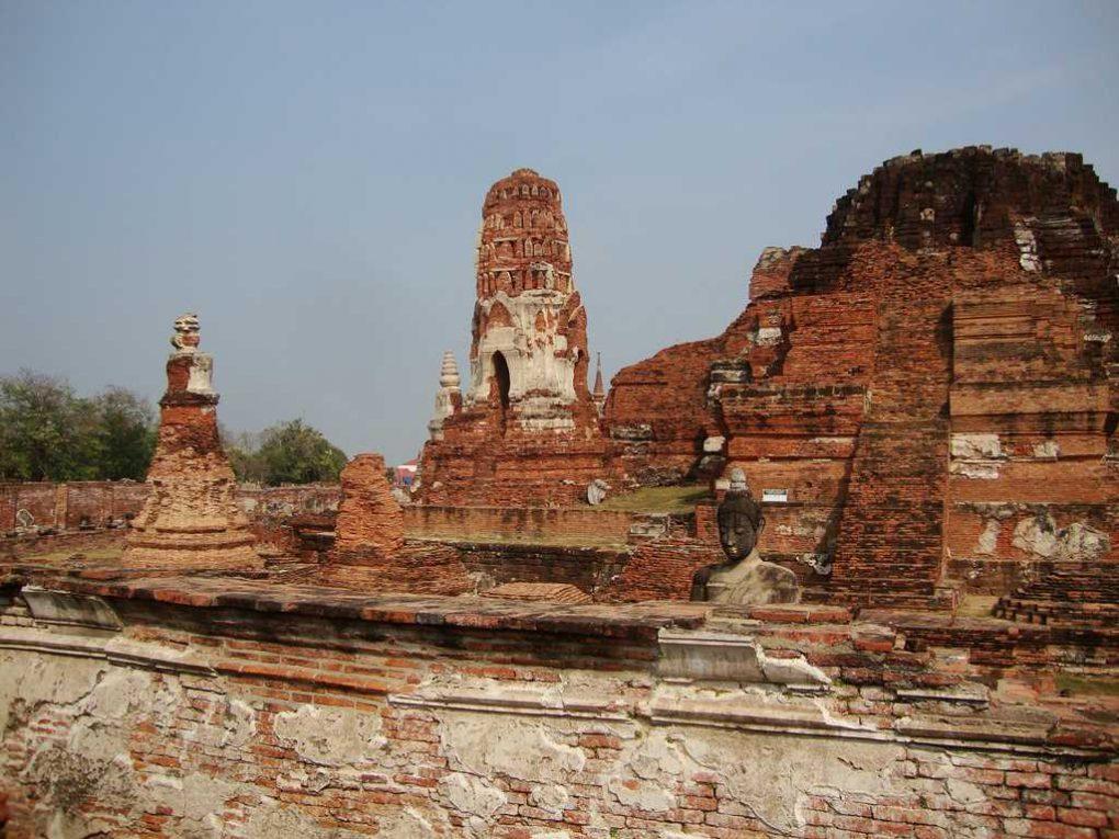 Wat Mahatat temples