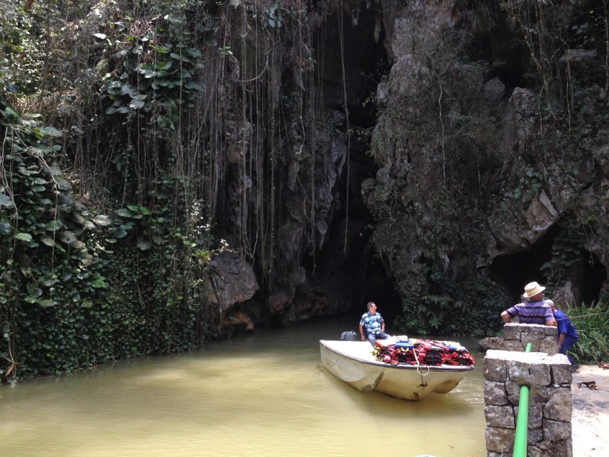 cueva-del