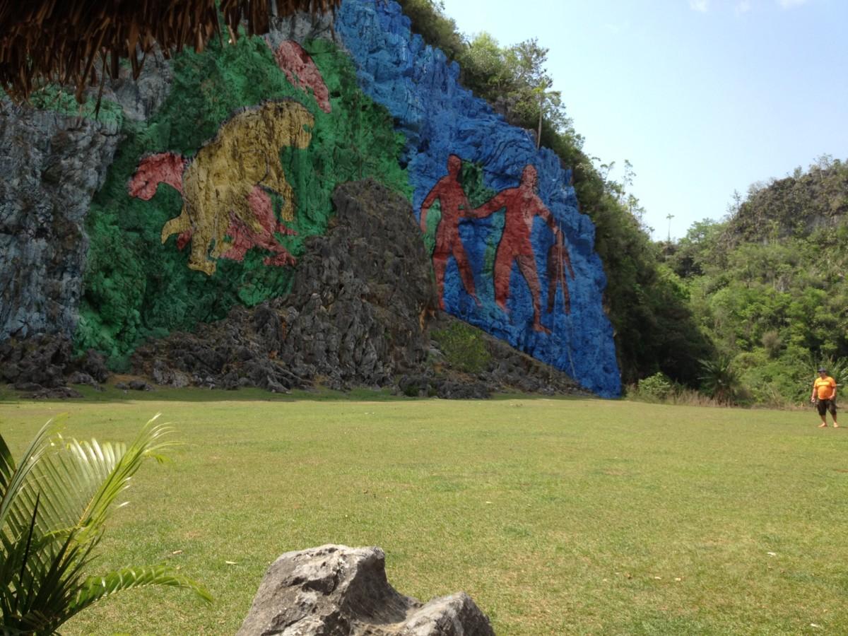 mural-de-la-prehistorica