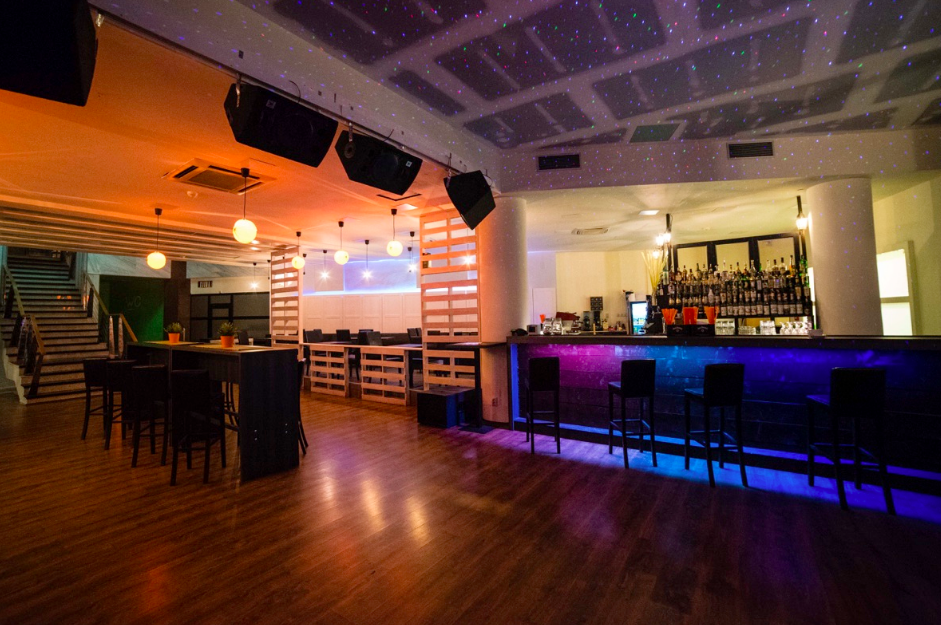 metropol bar bratislava