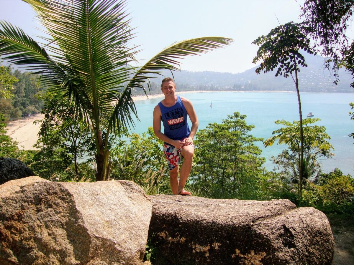 Prečítaj si, aké podmienky musí splniť turista, aby mohol cestovať do Thajska. Víza do Thajska pre Slovákov sú niekedy orieškom, aj keď zbytočne. Prečítaj si, ako získať víza do Thajska a uži si super krajinu plnú nádherných ostrovov.