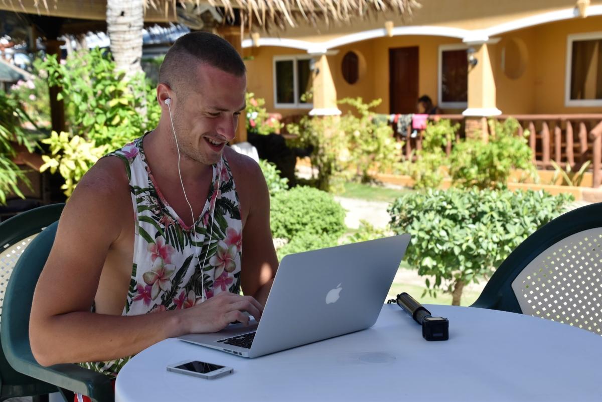 Koľko eur zarobím pomocou blogu každý mesiac
