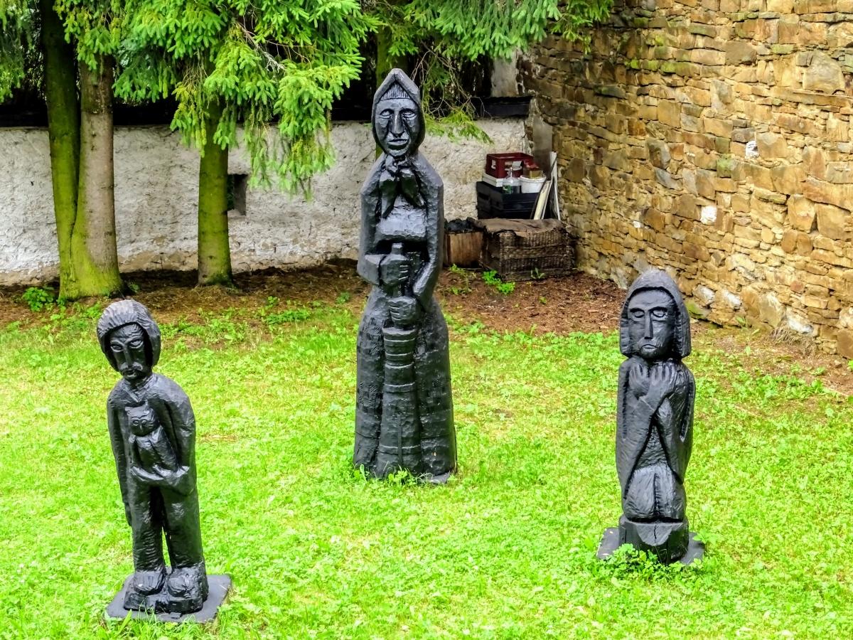 spišská sobota drevené sochy