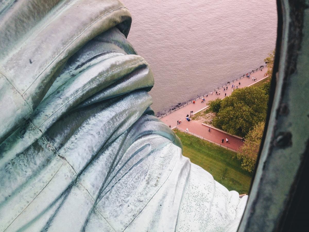 pohľad z koruny sochy slobody