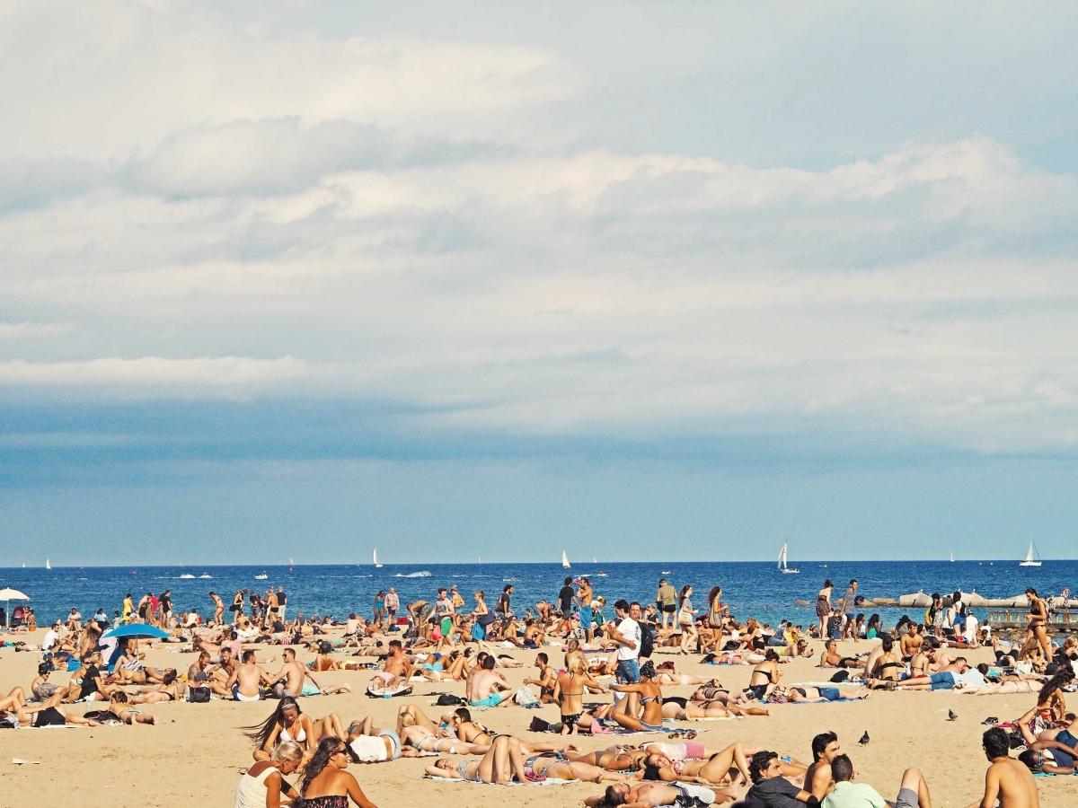pláže v barcelone