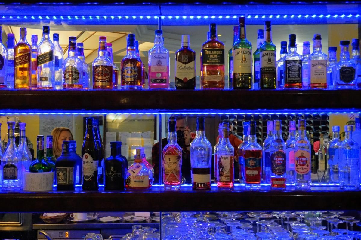 bar v permone