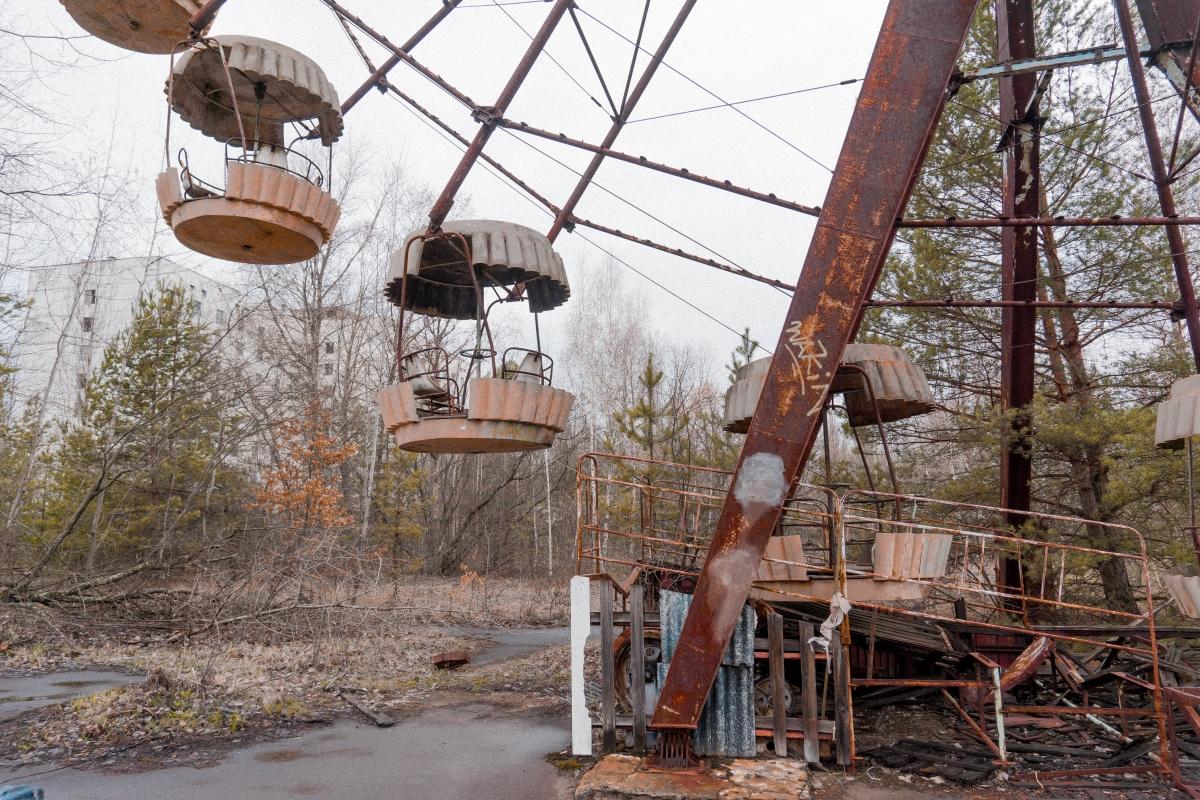 lunapark a ruské kolo v černobyle