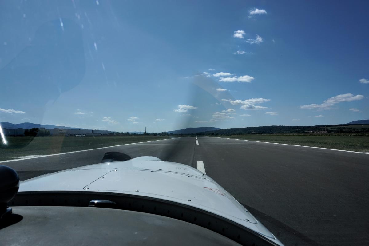 vyhliadkovy let WT-9 Dynamic aeroklube Prievidza