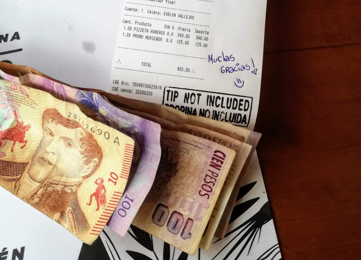 argentínske pesos
