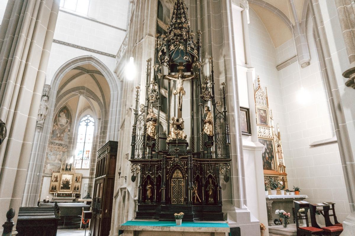 Kovový oltár zo železa v Košiciach