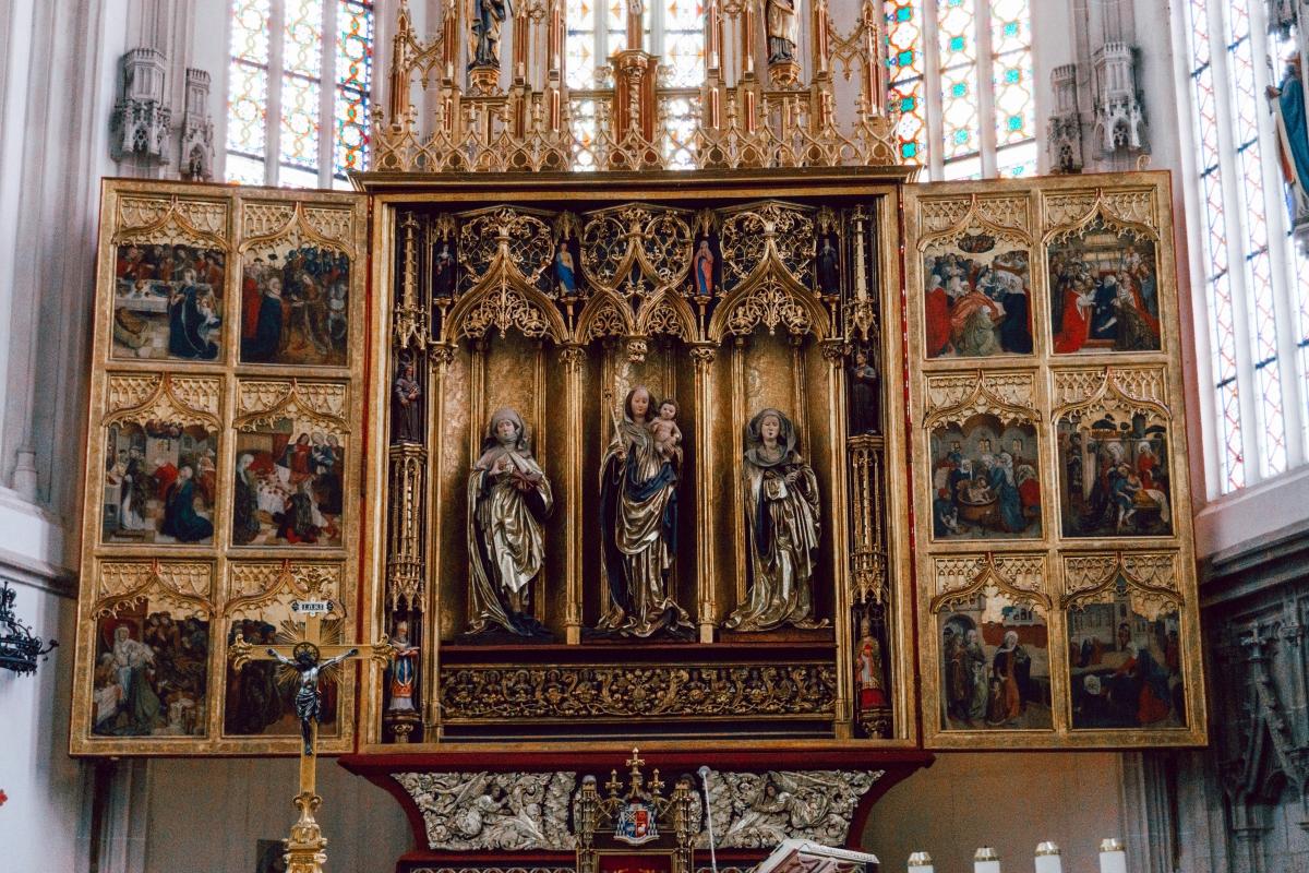 Oltár v Dóme svätej Alžbety v Košiciach