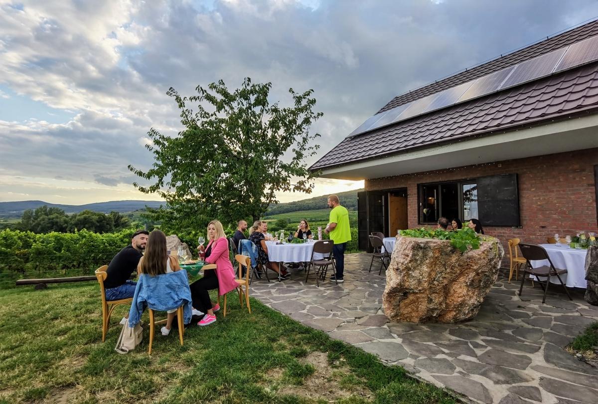 Otvorené viechy a degustácia vína